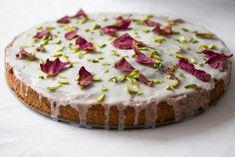Kuchen der Extraklasse: Pistazie mit einem Hauch Rosenwasser › bistro badia
