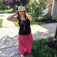 Happy Wednesday friends! I'm off to the DMV...wish me luck!  It's only been two years but I'm finally getting my name changed on my license!  __ OOTD: LuLaRoe Maxi skirt paired with my cute hat I found at Target  . . . #lularoeashleywills #lularoemaxi #happywednesday