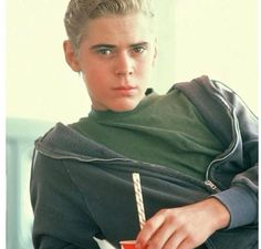 C. Thomas Howellfrom the outsiders  Ponyboy Curtis. <3