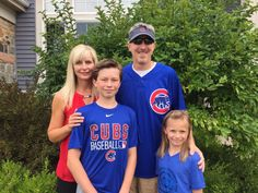 #BarringtonHealth: The Chicago Cubs are rolling out the red carpet during Saturday's game for former Advocate Good Shepherd Hospital patient and local father-of-two, Brent Mason. To recognize Brent's enduring spirit and unwavering support of his family after recent illness, the hospital has invited Brent's children to be named Chicago Cubs Honorary Bat Kids. Read the full story here... http://wp.me/p1NGbX-12dQ