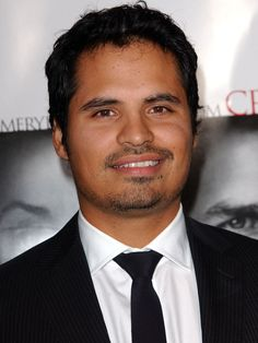 Pena In Talks For Ant-Man - More Marvel-ous news today;Michael Pena (End of Watch) is in early negotiations to play an undisclosed role in Marvel'sAnt-Man.   Should all go well with the negotiations, Pena will be joining previously the announced Paul Rudd and Michael Douglas, both of whom will be playing Ant-Men...