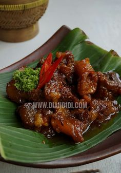 Diah Didi's Kitchen: Krengsengan Daging Jawa Timur Fish Recipes, Meat Recipes, Asian Recipes, Cooking Recipes, Healthy Recipes, Food N, Food And Drink, Indonesian Cuisine, Indonesian Recipes