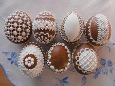 Perníková vajíčka - Gingerbread-Eggs Easter Egg Cake, Easter Egg Crafts, Ginger Cookies, Sugar Cookies, No Sugar Foods, Chocolate Art, Pastry Shop, Cookie Designs, Cake Art