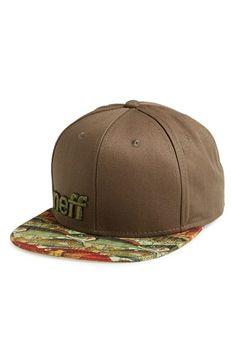 Men s Neff  Daily  Snapback Cap - Green f49beb9cfae0