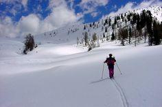 SCI ESCURSIONISMO - Girovagando in Trentino - Per gli aspiranti sci escursionisti e non, proponiamo di seguito due facili itinerari. I dislivelli sono modesti, generalmente piuttosto sicuri da valanghe, le discese non troppo impegnative.