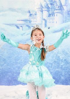 Princess's LOVE #Snowinseconds #Fakesnow. Experience the magic of #Disney #Frozen no matter where you live!