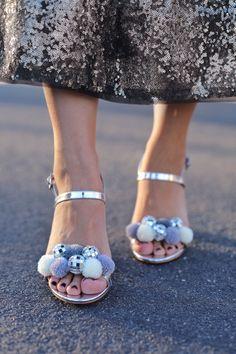 pom pom disco heels diy