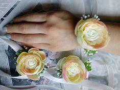 J.and.M_design / Náramky pre družičky Rose, Flowers, Plants, Design, Pink, Roses, Flora, Plant, Royal Icing Flowers