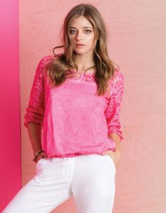 Keyhole neck, cut out upper back and arabesque Fuschia petal designed sleeves is this adorable Cotton top! Pink Petals, Arabesque, Resort Wear, Red Roses, Indigo, Curves, Ruffle Blouse, Sleeves, Fabric