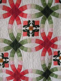 Quilt Inspiration: Wedding Ring Quilt Inspiration... and free patterns