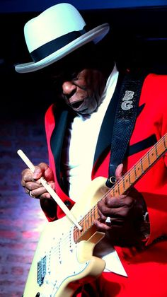 Buddy Guy - blues guitarist and singer http://www.guitarandmusicinstitute.com