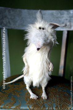 """игрушка""""Крыс.."""" - крыса игрушка,крыса,крыс ручной работы,крыс,коллекционные игрушки Felt Animals, Crochet Animals, Cute Animals, Funny Toys, Cute Mouse, Felt Cat, Sewing Toys, Soft Sculpture, Felt Ornaments"""