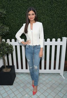 Actress Victoria Justice attends the Ted Baker London Spring/ Summer 17 Launch Dinner at The Chamberlain on March 16, 2017 in West Hollywood, California.