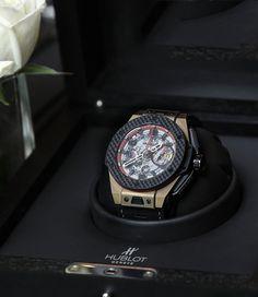 Hublot_Big_Bang_Ferrari_Watch_Magic_Gold_China_Limited_Edition_2.jpg