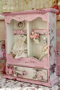 7 Mind Blowing Useful Tips: Shabby Chic Bedroom Vintage shabby chic porch decor…. 7 Mind Blowing Useful Tips: Shabby Chic Camas Shabby Chic, Shabby Chic Veranda, Shabby Chic Tapete, Cottage Shabby Chic, Shabby Chic Porch, Shabby Chic Vintage, Shabby Chic Living Room, Shabby Chic Interiors, Shabby Chic Christmas