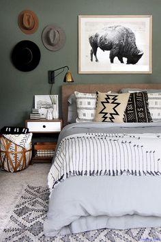 Adorable 45 Fabulous Bedroom Decor Ideas On A Budget https://roomaholic.com/4118/45-fabulous-bedroom-decor-ideas-on-a-budget
