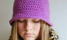Free Crochet Patterns and Designs by LisaAuch: Womans Hat FREE Crochet Pattern Womans Bucket Hat in Half Double Crochet Double Crochet, Easy Crochet, Free Crochet, Knit Crochet, Crochet Hats, Irish Crochet, Crochet Style, Knit Hats, Hat Patterns To Sew