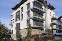#недвижимость_в_словакии_недорого_с_указанием_цены Адрес: 811 02 Bratislava, Staré Mesto, Hriňovská. Новая, двухкомнатная квартира на продажу, ул. Гриньовска (Hriňovská), район Старе Место (Staré Mesto), Братислава, Словакия. Квартира площадью 68,35 м2 + 12,30 терраса + 1,20 м2 кладовка, находится на первом этаже из четырех, состоит... Подробнее: Зореслава +421 903 407 775; zoreslavask@gmail.com. Multi Story Building