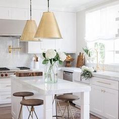 Looking for white kitchen decor? Tons of kitchen Inspiring Ideas are waiting for you! Find the most suitable design and improve your home's decoration! White Kitchen Island, All White Kitchen, New Kitchen, Skinny Kitchen, Marble Island, Gold Kitchen Hardware, Gold Hardware, Brass Kitchen, Kitchen Interior