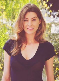 Ellen Pompeo. Still my girl crush... because... look at her. Serious case of hair envy.