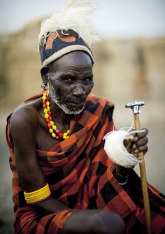 Loluguk Turkana chieftain - Kenya  (again for the textiles)