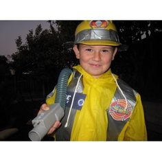 Discover hauntingly easy ideas for DIY kids' homemade Halloween costumes on Disney Family. Choose from scary costumes, last-minute ideas, animal outfits and more! Easy Homemade Costumes, Halloween Costumes Kids Homemade, Halloween Costume Contest, Halloween Fun, Costume Ideas, Firefighter Halloween, Firefighter Mom, Scary Costumes, Yellow Raincoat