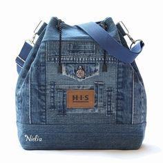 Trendy sewing purses and bags denim jeans Tote Backpack, Tote Purse, Purse Wallet, Diy Bags Jeans, Easy Sew Dress, Diy Bags No Sew, Denim Purse, Diy Handbag, Mk Handbags