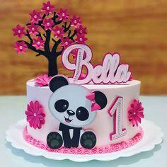 Panda Birthday Party, 3rd Birthday Cakes, Panda Party, Krishna Birthday, Bolo Panda, Panda Baby Showers, Panda Cakes, Minnie Mouse Cake, Paper Cake