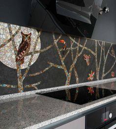 Mosaic with birds apron kitchen