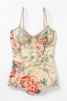 29e92a082f37 Corsetiere Maillot - Anthropologie Vintage Floral