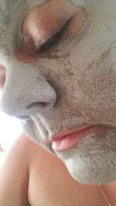 Glacial marine mud mask. Draws out oils and impurities in your skin and replensihes with natural minerals. more info at www.facebook.com/groups/gracenbeauty