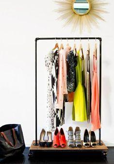 ankleideraum kleiderschrank kleiderständer bastelideen