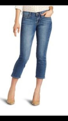 Lucky Brand Sweet N Crop Embroidered Women's Stretch Jeans Size 4 NWT…