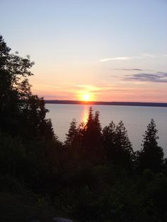 Manitoulin Island. Manitoulin Island, Island Pictures, Lake Huron, Largest Countries, Finding Peace, Vacation Spots, Ontario, North America, Beautiful Places