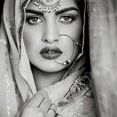 1.3m Followers, 148 Following, 779 Posts - See Instagram photos and videos from Himanshi Khurana (@iamhimanshikhurana)