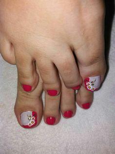 Pretty Toe Nails, Cute Toe Nails, Pretty Toes, Cute Acrylic Nails, Toe Nail Art, Painted Toes, Foot Pics, Toe Nail Designs, Sexy Toes