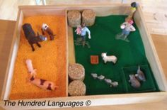 Farm - small world play / on The Hundred Languages of children blog - ideas for small world play