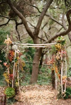 My arch will be somewhat like this. Forest line in the background, but with a dark wood colored bed frame covered in (most likely) ivy.