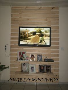 MULHER PRENDADA: PALETES - PAINEL DE TV