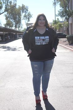 Cute and feminine plus size NFL gear! See my football fashion looks on the  blog 9f5c5beb3