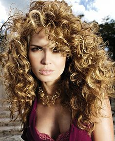 50 Awesome 2c Curly Hairstyles