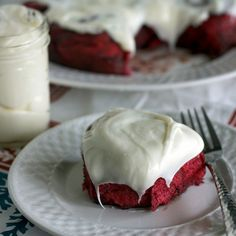 Red Velvet – the illusive mythical cake-creature who's following defies all reason and rationale. A tender crumbling cake that tingles with cocoa yet isn't so overtly rich to make give the ingestee a wicked case of sugar-tummy that makes one curl up into a little ball and down a gallon of milk. It's been 3 …