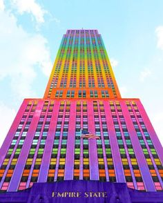 Bewitching Pictures of Colorized Buildings – Fubiz Media Taste The Rainbow, Over The Rainbow, New York Sites, Rainbow Aesthetic, Painted Ladies, World Of Color, Woman Painting, Rainbow Colors, Rainbow Stuff