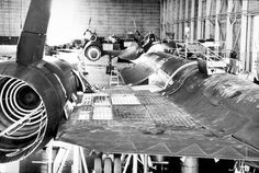 Fascinating photos reveal how they built the SR-71 Blackbird | Final A-12 Oxcart ever produced: Article 133