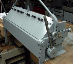 Finger Brake by Mcgyver -- Homemade finger brake constructed from steel. http://www.homemadetools.net/homemade-finger-brake-2