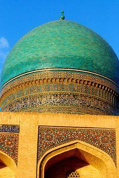 Uzbekistan- my dad travelled here once :) ✫♦๏☘‿SU Nov 24 , ༺✿༻☼๏♥๏写☆☀✨ ✤ ❀‿❀ ✫❁`💖~⊱ 🌹🌸🌹⊰✿⊱♛ ✧✿✧♡~♥⛩ ⚘☮️❋⋆☸️ ॐڿ ڰۣ(̆̃̃❤⛩✨真♣ ⊱❊⊰ ✤. Detail Architecture, Islamic Architecture, Amazing Architecture, Art And Architecture, Islamic Images, Islamic Art, Beautiful World, Beautiful Places, Beautiful Mosques