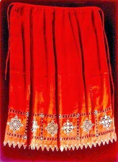 Folk Costume, Costumes, Greek Traditional Dress, Fabric Art, Boho Shorts, Dress Up, Skirts, Corfu, Macedonia