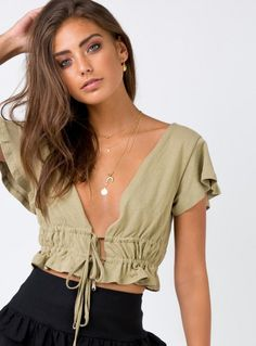 Shop Princess Polly women's online fashion boutique for the latest styles & trends of Tops! Crop Top Outfits, Casual Outfits, Cute Outfits, Fashion Outfits, Diy Fashion Tops, Skater Outfits, Emo Outfits, Disney Outfits, Mode Top