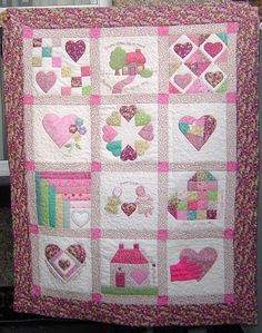 Google Image Result for http://www.roseberryquilts.co.uk/USERIMAGES/Hearts%2520and%2520Hands%2520Baby%2520Quilt.jpg.jpg