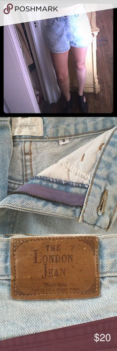 Light wash denim 90s shorts Cool jean shorts! Marked size 6 fits more like a 2-4. High waisted.  Light wash.  Very very small mark on bottom left leg (can be seen in last picture, not noticeable at all). Comfortable! Vintage Shorts Jean Shorts